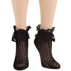 NEW Bygone Eras Victorian Lace Ankle Socks in Noir